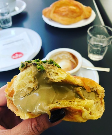 Pistachio cream filled pastry